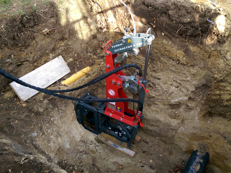 PE pipe renewal for house connections with cable burster TERRA X 100, pic 4